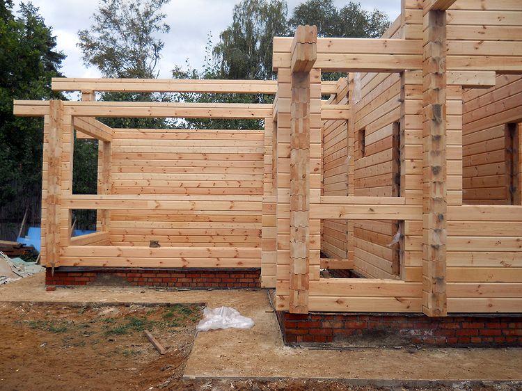 Как построить баню из профилированного бруса своими руками 536